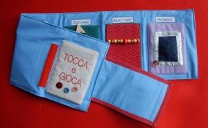 libro_tattile_Tocca_e_gioca