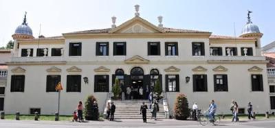 Foto biblioteca Vez