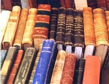 Foto mostra libri antichi e di pregio
