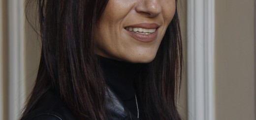 Bilotti Sara, scrittrice, guanti © 2014 Giliola CHISTE