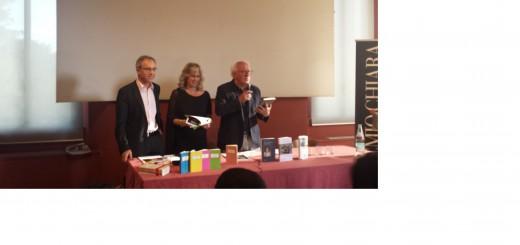 Bambi Lazzati, direttrice artistica del Premio, Romano Oldrini presidente degli Amici di Piero Chiara con Giovanni Perazzini